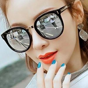 Black Arrow Silver Mirrored Sunglasses
